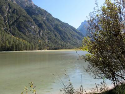 Il lago di Landro dalla ciclabile Cortina - Dobbiaco.