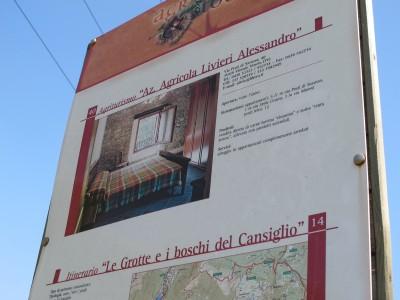 Nei pressi del laghetto di Negrisiola sorge l'agriturismo Azienda Agricola Livieri Alessandro. Un posto che promette una buona dose di relax e del buon cibo genuino!