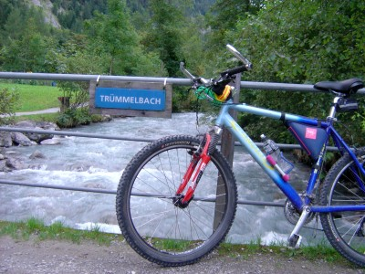 trummelbach-mtb-torrente-insegna