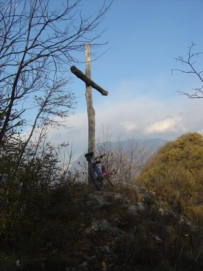 L'agognata croce sulla cima del Monte Baldo, Vittorio Veneto.