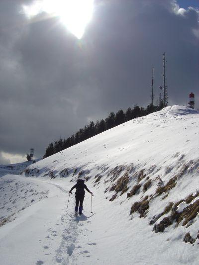 Col Visentin: ci attende il bivacco invernale del Rifugio 5 Art. Alpina.