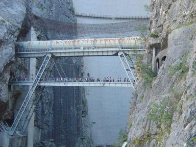 Ponte Tubo (ma lo chiamo cosi' solo io?!?), di sicuro uno dei punti piu' emozionanti dell'intero percorso.