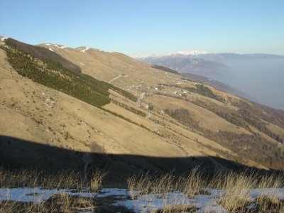 Panorama verso la zona di Posa Puner, a nord di Combai.